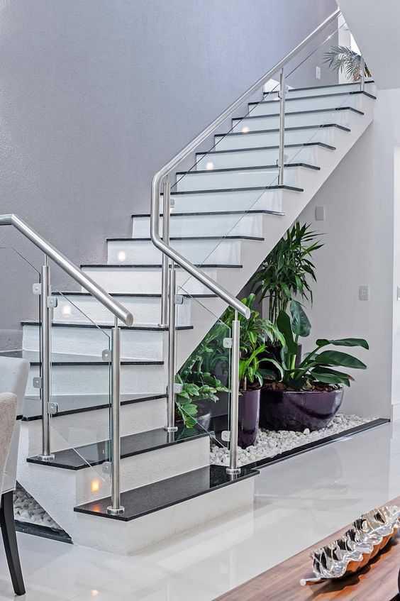 Ứng dụng của inox trong thiết kế nội thất