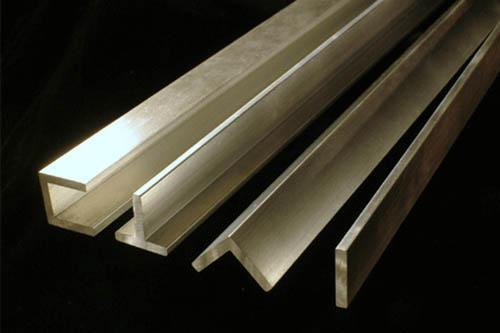 Cách bảo quản, vệ sinh cho sàn gỗ nhà bạn