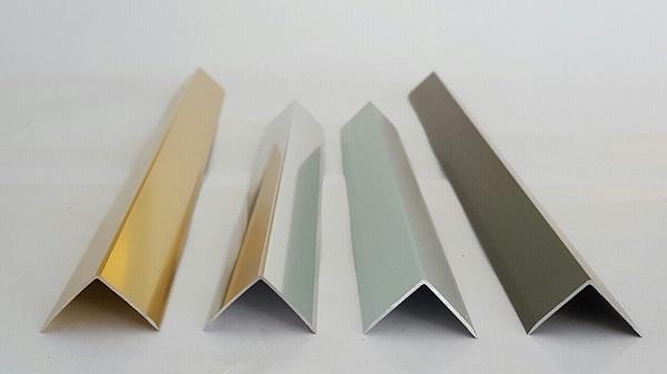 Chất liệu inox và các loại nẹp trang trí