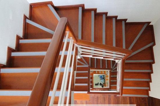 Nẹp cầu thang và những điều cần lưu ý