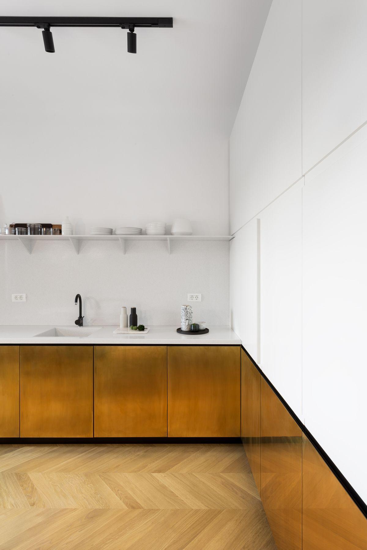 Thiết kế phòng bếp đẹp kết hợp với nẹp theo xu hướng 2021